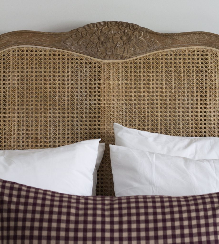 The Dundonald Guesthouse and Cottage Kentigerns Guest Suite Bed